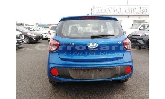 Comprar Importar Carro Hyundai i10 Azul en Import - Dubai en Alajuela