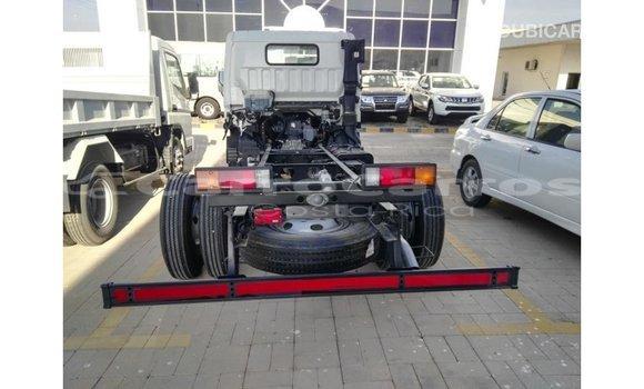 Comprar Importar Carro Mitsubishi i Blanco en Import - Dubai en Alajuela